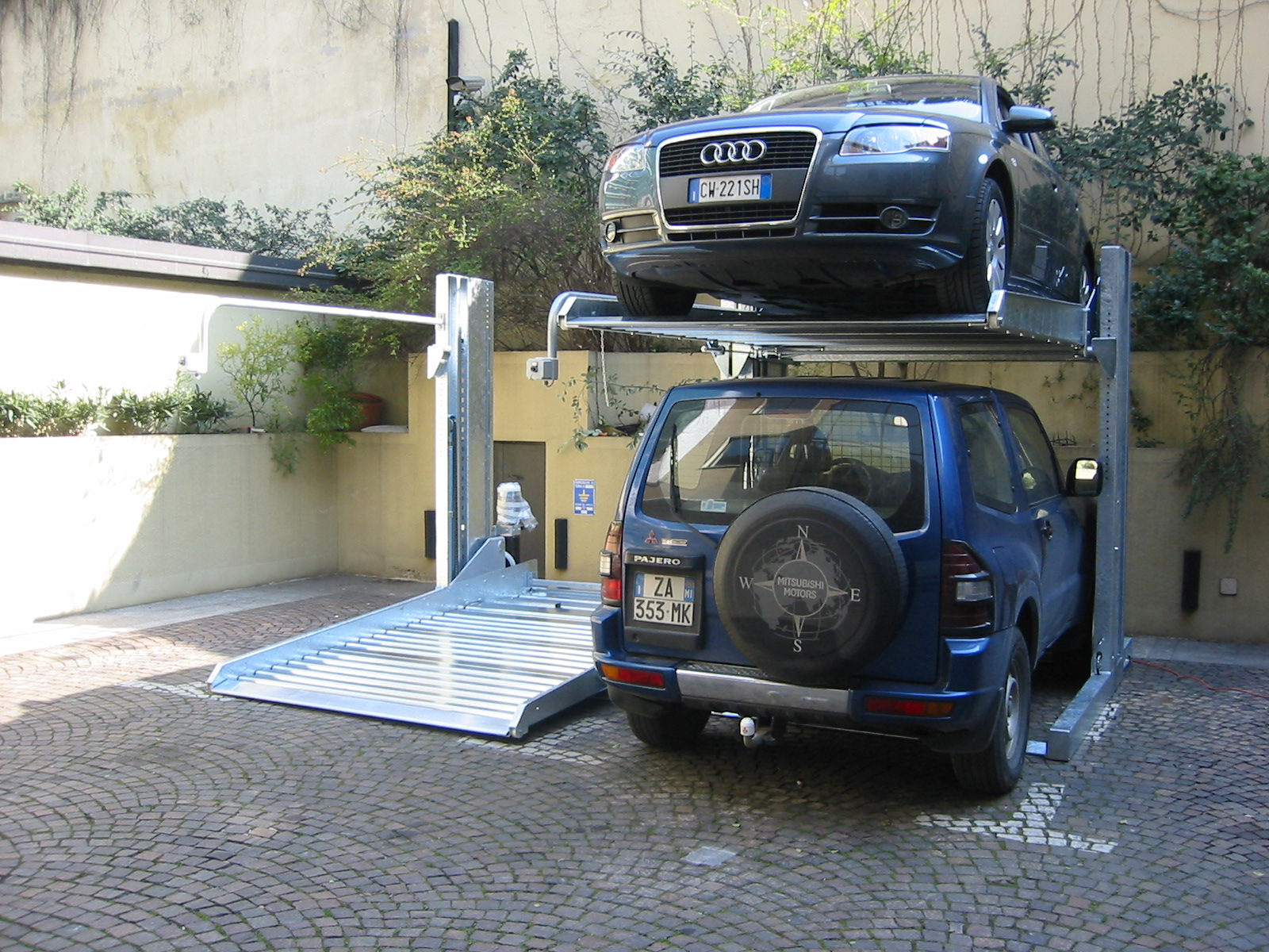 Parking vertical voitures - LIFT SYSTEME-1